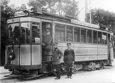 C1-Tw 432 an der Endhaltestelle Thalkirchen Tierpark mit Personal 1926 München tram