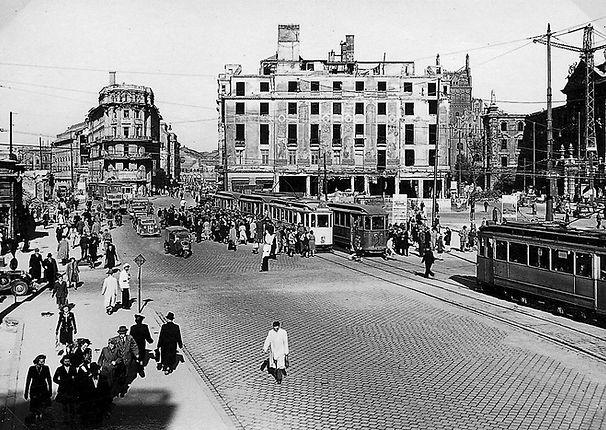 Karlsplatz 1947-1.jpg