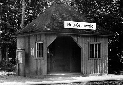 Wartehalle Neu-Grünwald-xx0640-VB.jpg