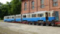 Der Tatzelwurm wird in Hannover vorsichtig verladen münchen Hannover Tram FMTM