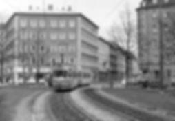 M5-Tw 2508 + m5-Bw 3504 am Weißenburger Platz einwärts 15.5.1972 tram münchen