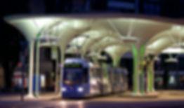 Seit 2009 bedient die Linie 23 unter dem schicken Pilzdach die Münchner Freiheit münchen tram