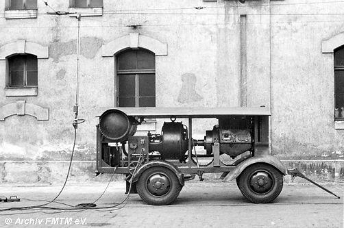 Kompressor Nummer IV 1943 hat schon Schlauch-Reifen tram münchen