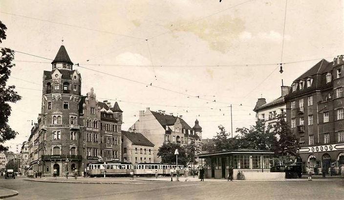 Rotkreuzplatz alt.jpg