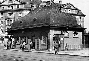Stationshaus Ostfriedhof-Südseite-270840