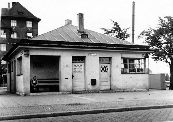 Stationshaus Leonrodplatz-Südostseite-140759-VB-R59-129.jpg