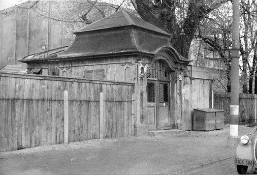 Stationshaus Isartalbahnhof-210447-VB-L47-112.jpg