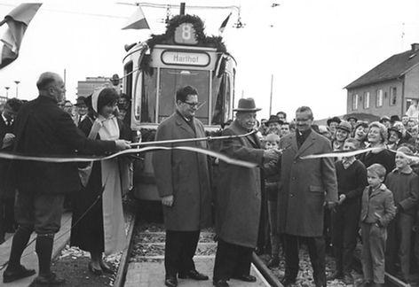 08.11.1963 Linie 8 Verlängerung zum Harthof Eröffnung Stadtarchiv Tram trambahn München linie8