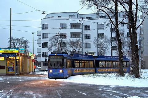Schwanseestraße_lijn17_R22.jpg