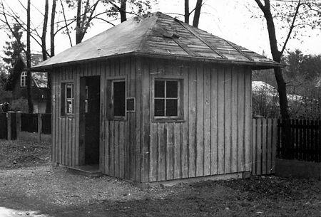 Wartehalle Possenhofener Str-210447-VB-L47-115.jpg