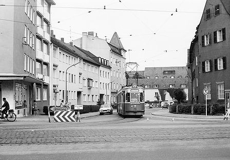 M3-Tw 790 + m3-Bw 1634 biegen aus der Alfred-Schmid-Straße in die Pognerstraße einwärts ab 31.7.1970 München tram