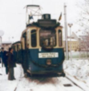L8-110a.jpg