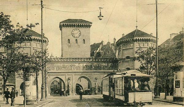 1903 Isartor BW3.jpg