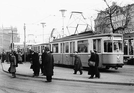 M1 Wagen der Linie 8 am 3.1.1955 Karlsplatz Stachus