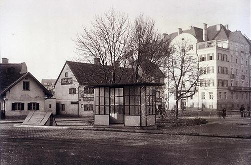 Wartehalle Rotkreuzplatz-1919-1.jpg