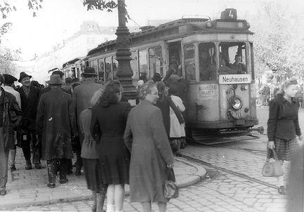 D-Tw 470 + zwei e-Bw am Ostbahnhof 22.4.1947 tram münchen