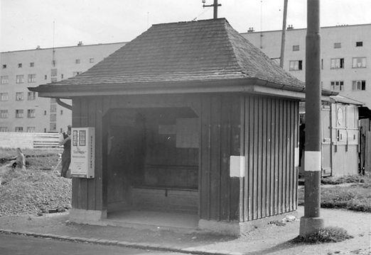 Wartehalle Agnes-Bernauer-Friedenheimer Str-xx0641-VB-L47-192.jpg