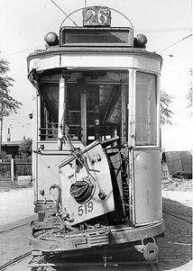 D 1.4-Tw 519 im Freigelände des Betriebshof 4zur Reparatur nach einem Unfall Juni 1945 Tram Trambahn München