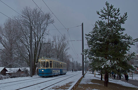 12. Dezember2009wurde dieTrambahnlinie 23feierlich eröffnet m-wagen münchen tram fmtm