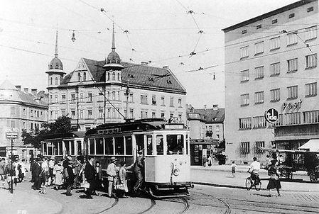 F-Tw an der Tegerseer-Land-/Silberhornstraße  1935 tram münchen