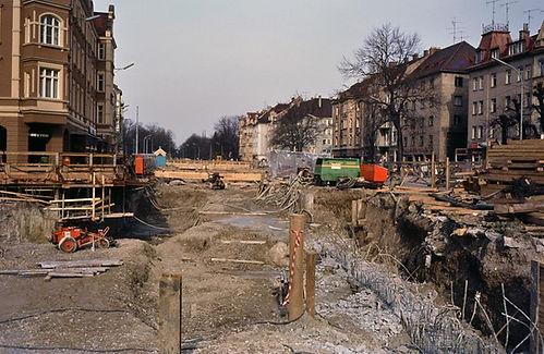 Im Jahr 1980 wurde in der Nymphenburgerstraße für die U-Bahn gegraben.