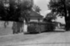 Von Ramersdorf gingen 1960 auch einige Buslinien weiter in die Aussenbezirke und auch Bahnbusse starteten und endeten hier ramersdorf münchen tram trambahn