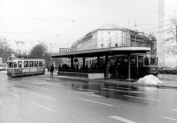 Haltestellen-Überdachung Lenbachplatz-xx0269-Lorenz-3.jpg