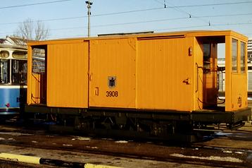 Die Salzwagen s 3.50 waren dann 1928 Neubauten von Rathgeber. Die Wagen 842, 843, 845, 847, 849 und 850 wurden als Kriegsverluste 1943 ausgemustert. Fahrgestelle und Rahmen wurden in den Neubauten 1944 von 6 Salzwagen verwendet. Von den Salzwagen s 3.50 gab es zwei Ausführungen und zwar mit hohem Dach und nur einseitiger Plattform und mit niedrigem Dach und beidseitigen Plattformen. Der Salzwagen 3908 mit niedrigem Dach und beidseitigen Plattformen existiert noch im Fundus des MVG Museums. Der Salzwagen 3906 wurde 19xx und die 3905 und 3907 1973 ausgemustert.münchen tram