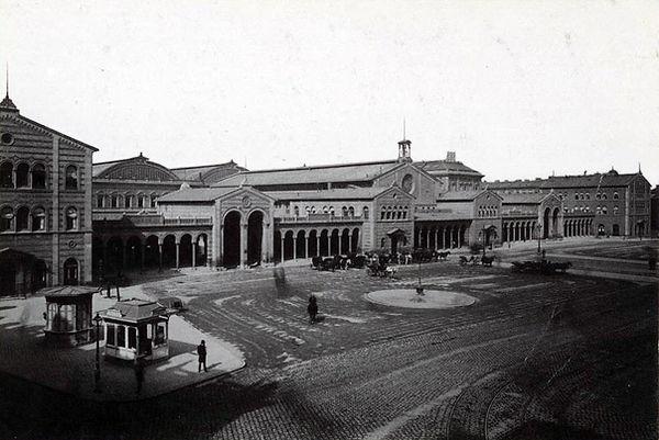 1897_Wartehäuschen_Bahnhofsplatz_DE-199