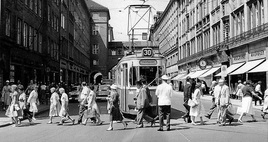M-Wagen_Maffeistraße_1959-2.jpg