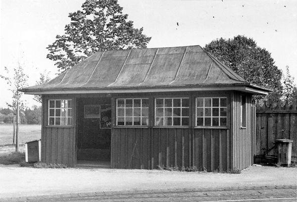 Wartehalle Nordfriedhof-xx0640-VB-L47-174.jpg