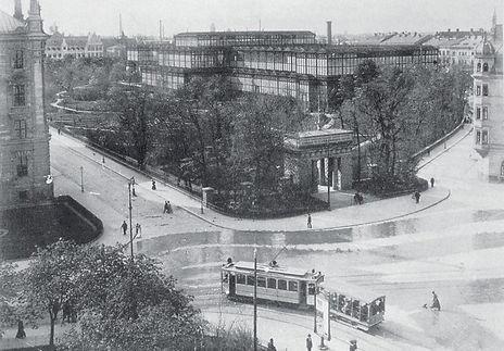 1900 Glaspalast_Umgebung.jpg