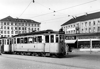 L17-87-605-2 April 1953.jpg