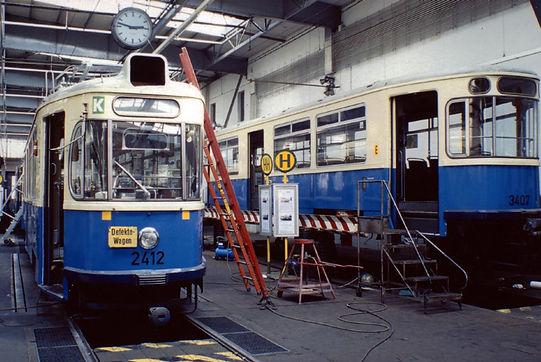 Wagen 2412 bei der generalüberholung in unserer Werkstatt im Bahnhof 3 tram münchen