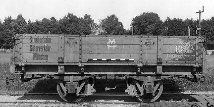 1944 nummerierten die Verkehrsbetriebe die Mailänder Arbeitsbeiwagen als y 2 Nr. 2701 - 2711 ein münchen tram