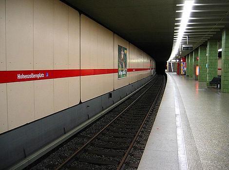 U-Bahnhof_Hohenzollernplatz_(München)_01