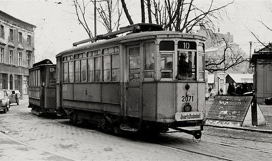 2070 Mailänder Triebwagen am Sendlinger-Tor-Platz München Tram mailand kriegswagen Typ-H