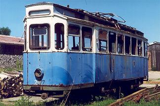 in ehemaliger Rangiertriebwagen, der G-Wagen 2977, fand am Schönberger Strand bei Kiel eine neue Heimat  tram münchen