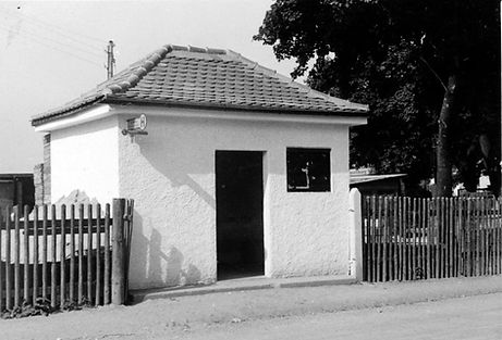 Wartehalle Michaeliburg-300550-VB-L50-333.jpg