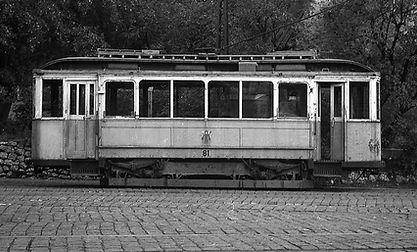 Einige Jahre später, im Münchner Farbkleid, steht der Wagen bereits abgestellt münchen tram