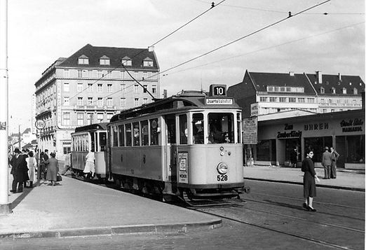 L10-45-528-4 Nov 1952.jpg