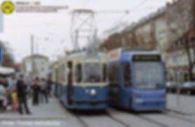 Unser M4-Zug als Linie 1 am Moosacher Bahnhof neben einem R3.3-Niederflurwagen münchen tram fmtm