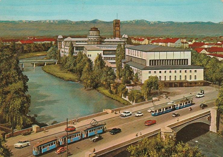 Ludwigsbrücke_mit_Deutschem_Museum.jpg