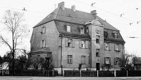 22. Oktober 1952 Walmdachhaus Betriebshof4 Soxhletstraße Trambahn Tram München