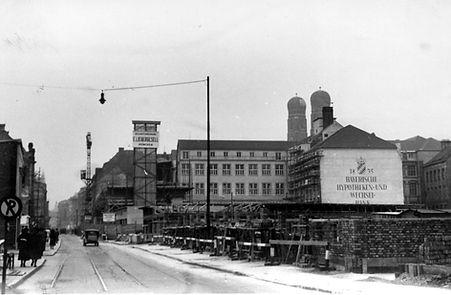 1948 Theatinerstrasse.jpg