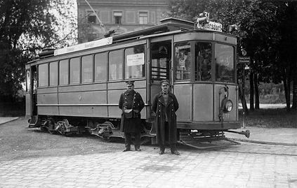 Der C-Tw 473 von de Linie 31 im Jahr 1926 in Ramersdorf mit Personal münchen tram ramersdorf Tram