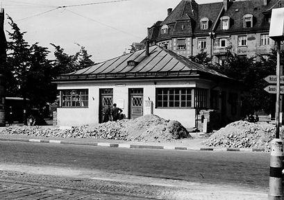 Stationshaus Leonrodplatz-Nordostseite-x