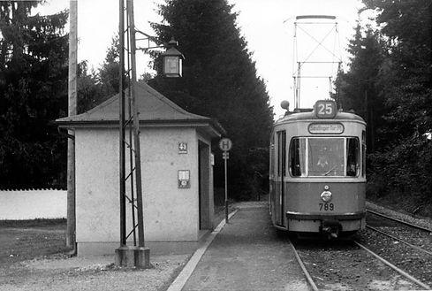 Wartehalle Bavariafilmpl-030954-VB-L54-389.jpg