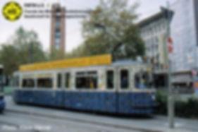Münchner-Kindl-Tram    Unser M5-Triebwagen 2616 ist ein rollendes Kunstwerk. münchen tram fmtm