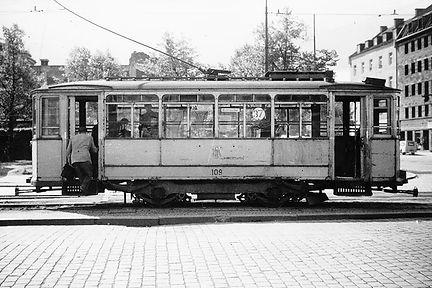 L37-4.jpg